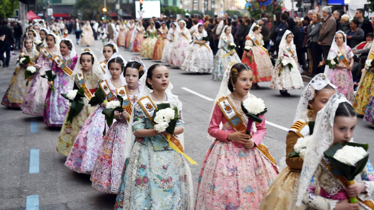 Desfile de la ofrenda en una imagen de archivo.