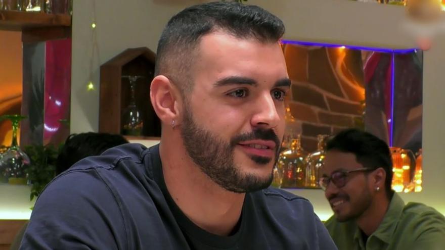 """Javier habla de su gran sueño en 'First Dates': """"Siempre he querido ser fallera mayor"""""""