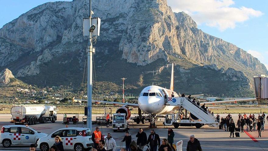 Alarma en un aeropuerto italiano al detectarse la variante Delta en pasajeros procedentes de Ibiza