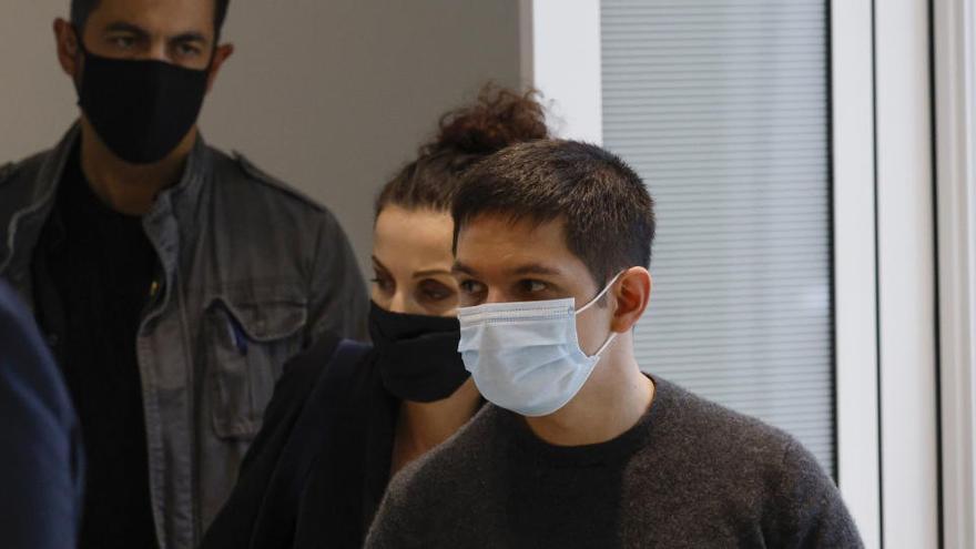 Los supervivientes de 'Charlie Hebdo' reabren sus heridas ante la Justicia