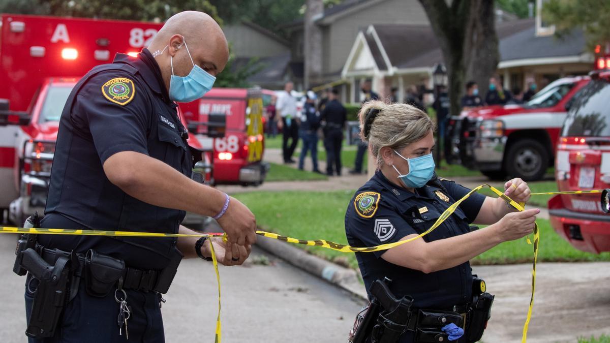 Imagen de archivo de dos agentes de Policía