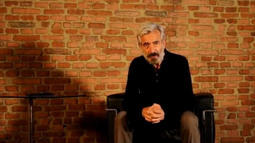 El actor Imanol Arias anima a la sociedad murciana a donar sangre