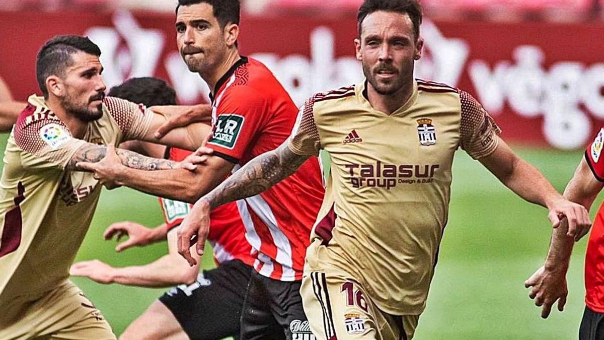 José Ángel Jurado, en un duelo ante el Logroñés la pasada temporada.   PRENSA FC CARTAGENA