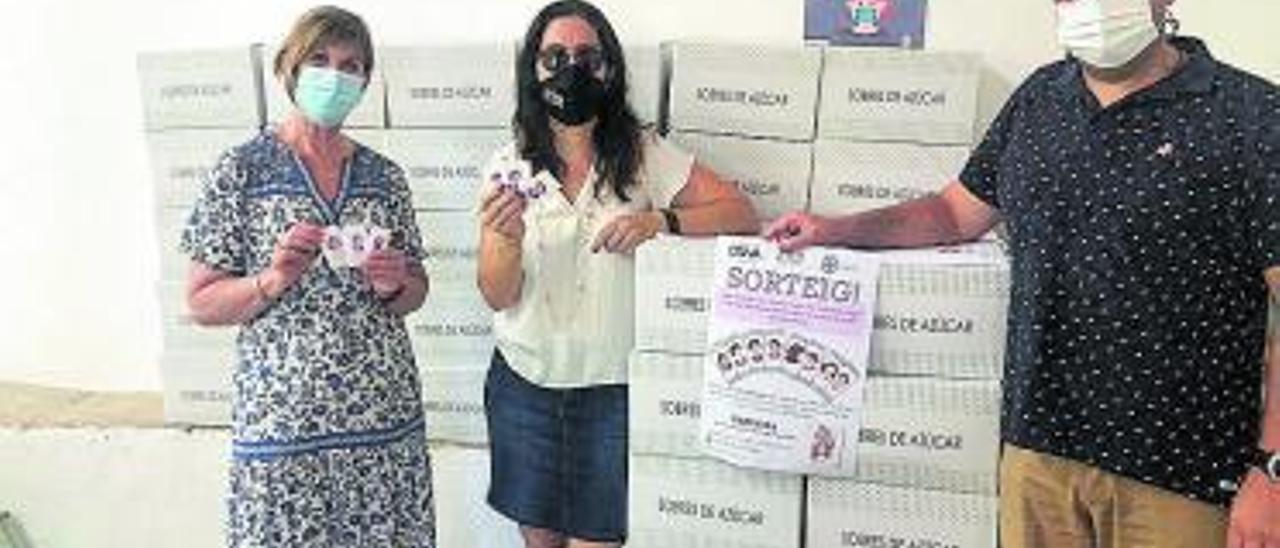 Presentación de la campaña con los sobres de azúcar.   LEVANTE-EMV