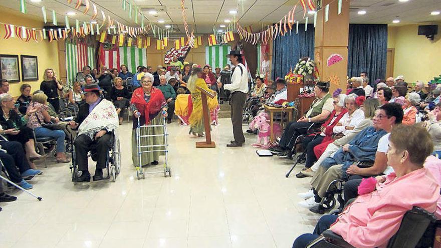 La fiesta como terapia para los enfermos  de alzhéimer