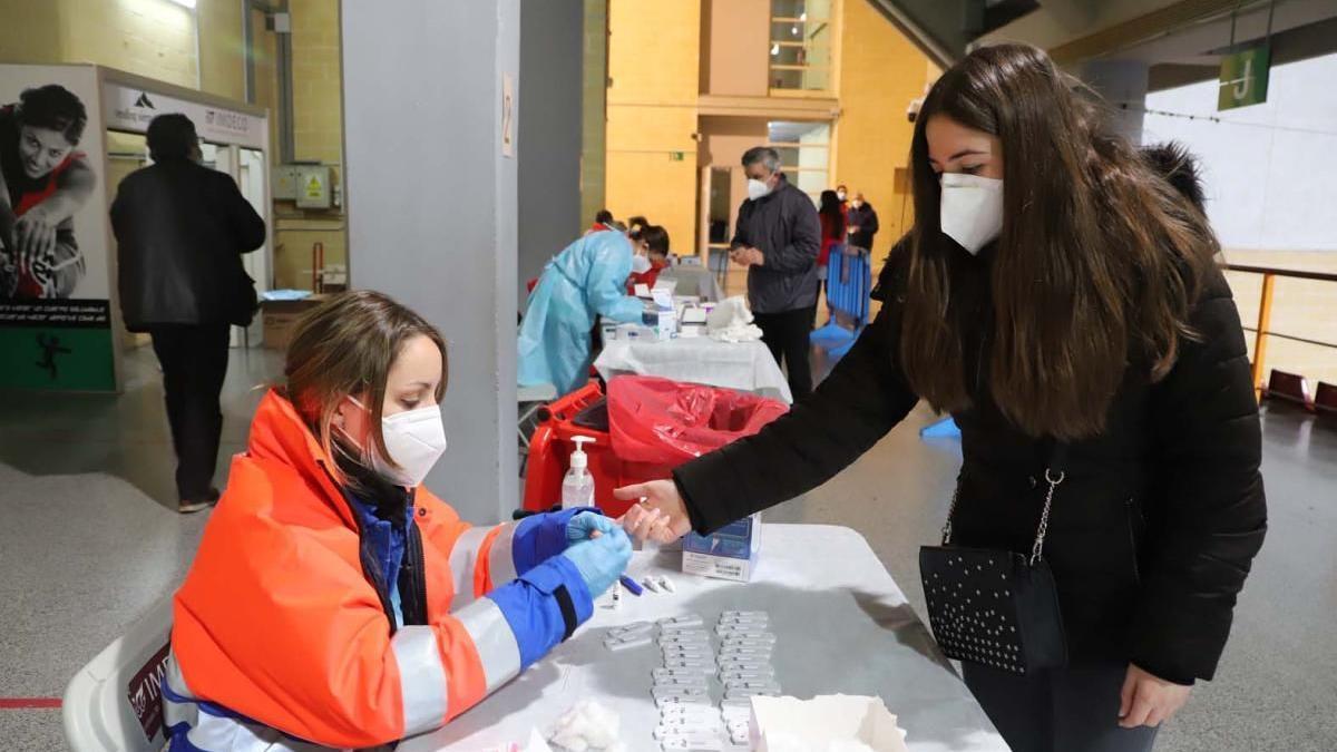 Realización de pruebas de covid, mediante test de antígenos.