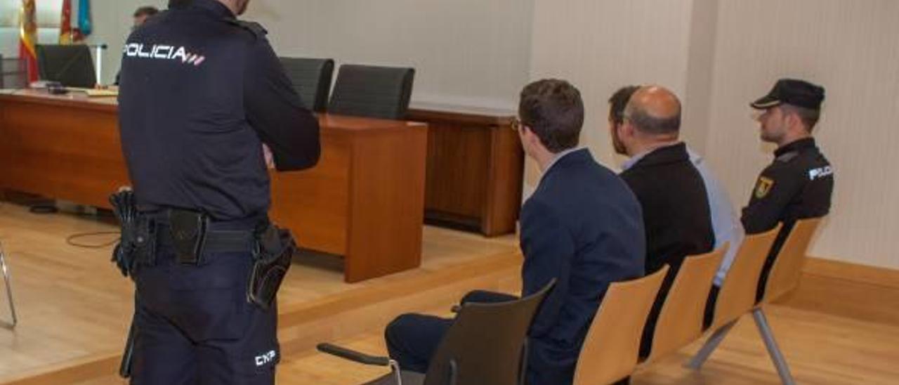 Instante de la celebración de un juicio en una de las salas de la Ciudad de la Justicia de Elche, en una imagen de archivo.
