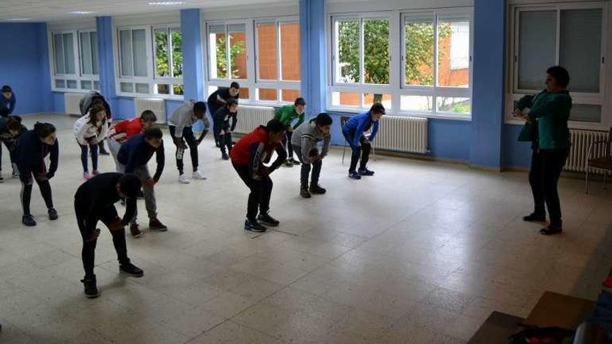 Taller de hipopresivos con Pili Gorís en el colegio O Foxo