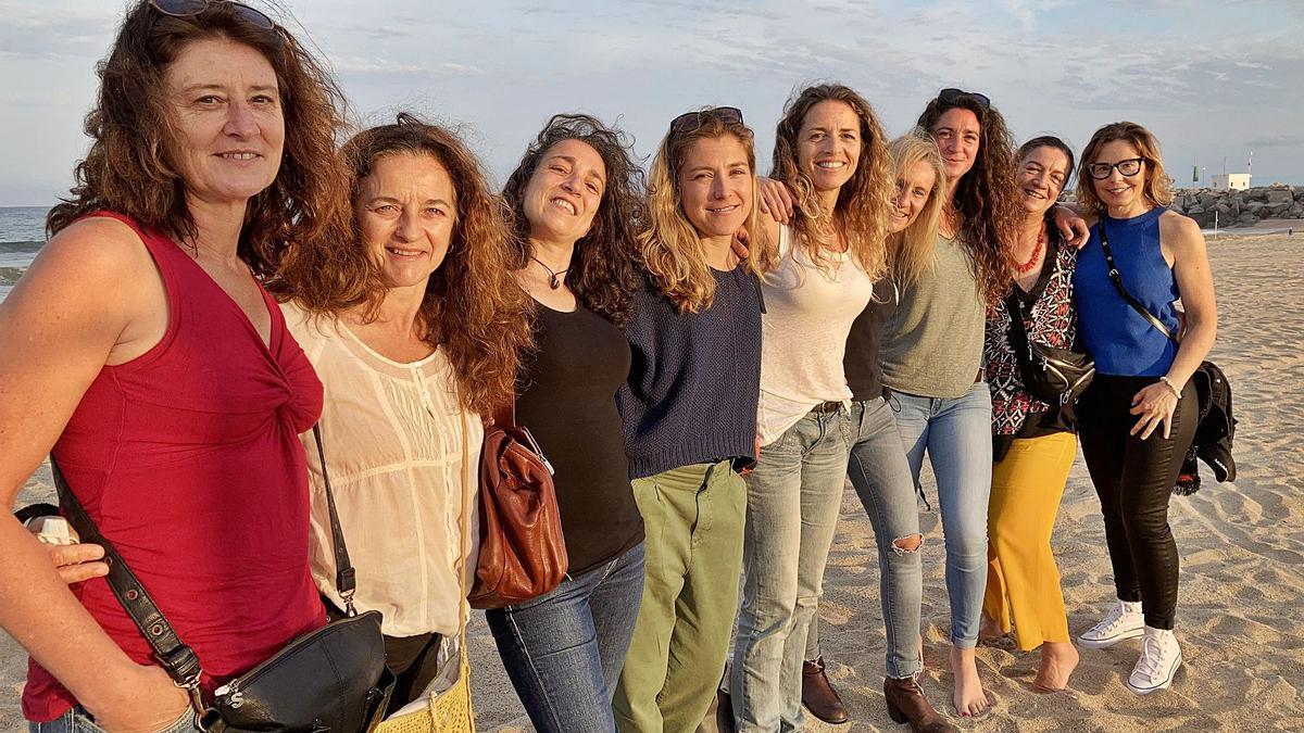 D'esquerra a dreta, Bet Brunsó, Peña Corella, Laura Portal, Sònia Pla, Judit Cunillera, Eva Castillo, Joyce Alonso, Montse Vallès i Eli González