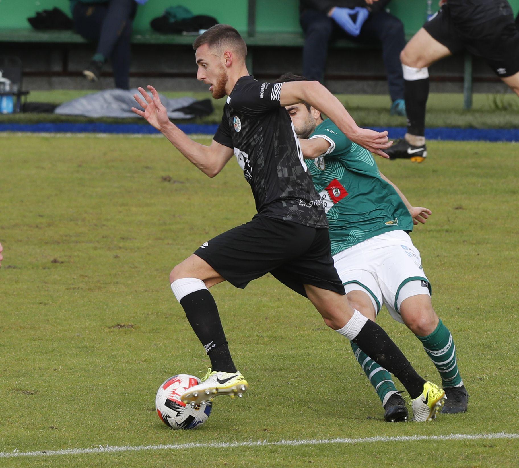 El Coruxo sufre en la victoria contra el Salamanca UDS