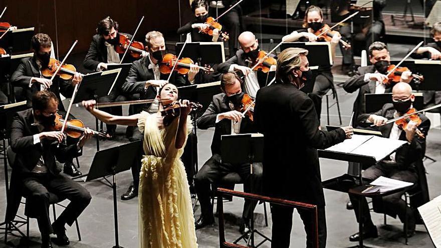 El violín de Dueñas conquista el Jovellanos