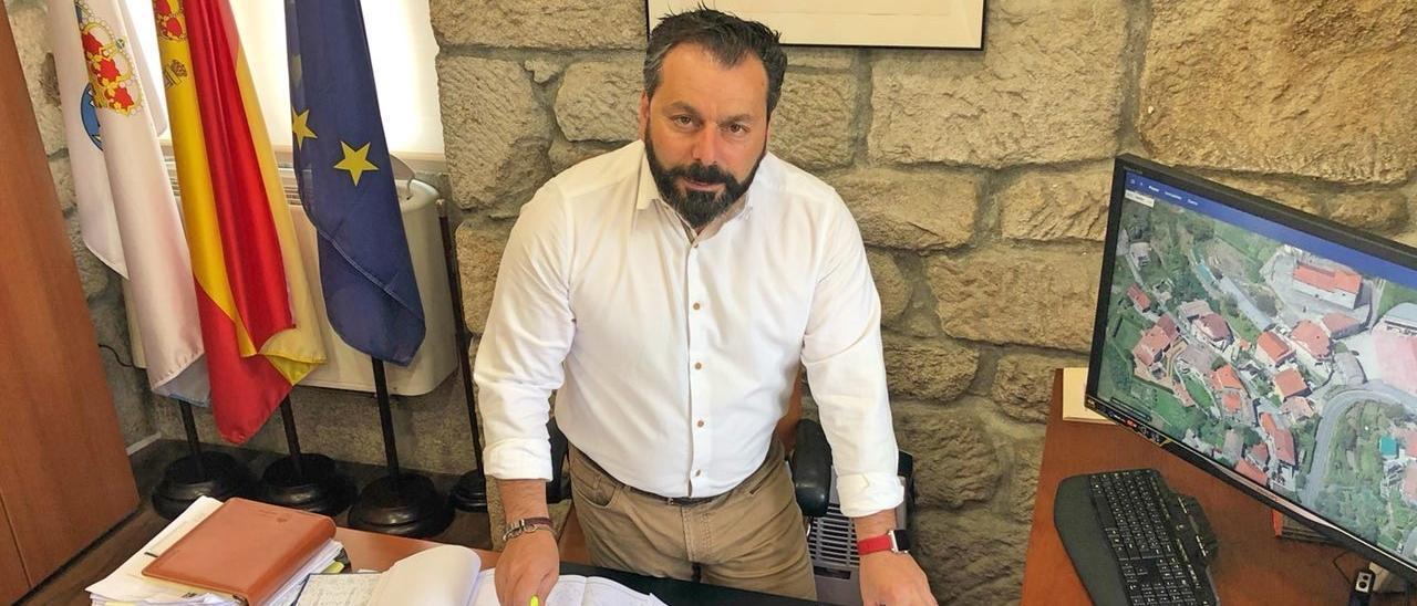 El alcalde de Gondomar, Francisco Ferreira. / G. Porto