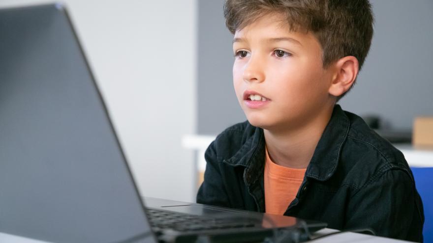 Síntomas que te indican que tu hijo está enganchado a la tecnología