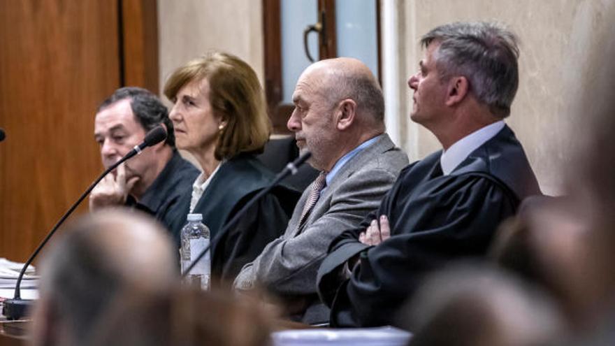 """El juez que requisó los móviles a los periodistas: """"Mi deber era investigar el delito"""""""