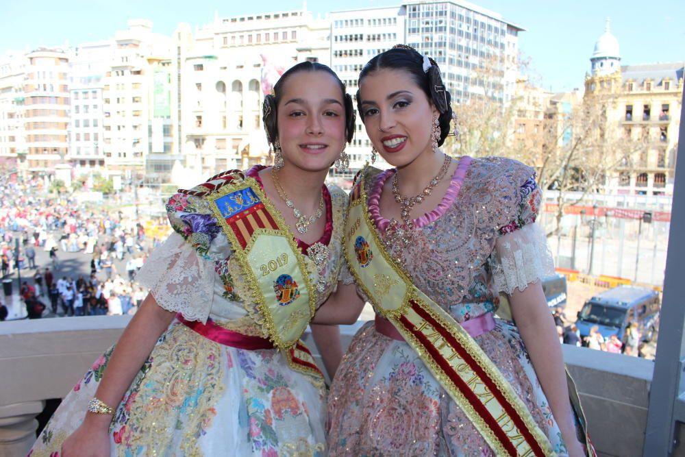 Que son Paula Méndez y Lara Escribá, falleras mayores de Riola.