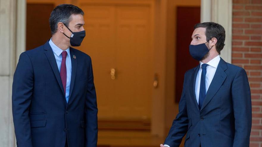 Sánchez llama a Casado para retomar la renovación del CGPJ