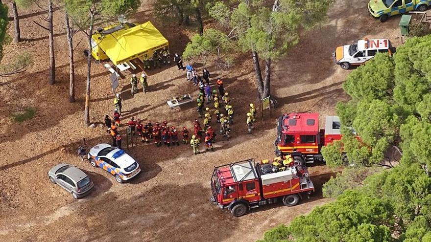 La UME entrena en Sierra Espuña para luchar contra los incendios forestales