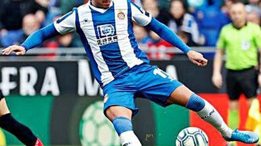 Raúl de Tomás torna a marcar i dona un punt a l'Espanyol a l'RCDE Stadium