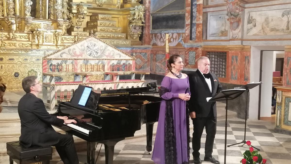 Martí Caballé, Santana y Carbajo, en el concierto ofrecido en el monasterio toresano