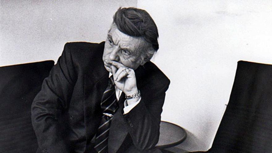El hombre misterioso que coleccionó a Blasco y a Hitler