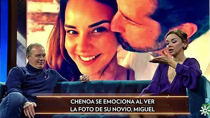 Chenoa cuenta en 'El show de Bertín' cómo conoció a su pareja, Miguel Sánchez Encinas