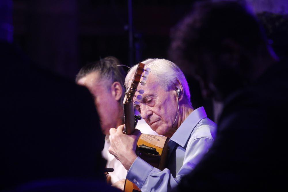 Paco Peña cierra la 40 edición del Festival de la Guitarra