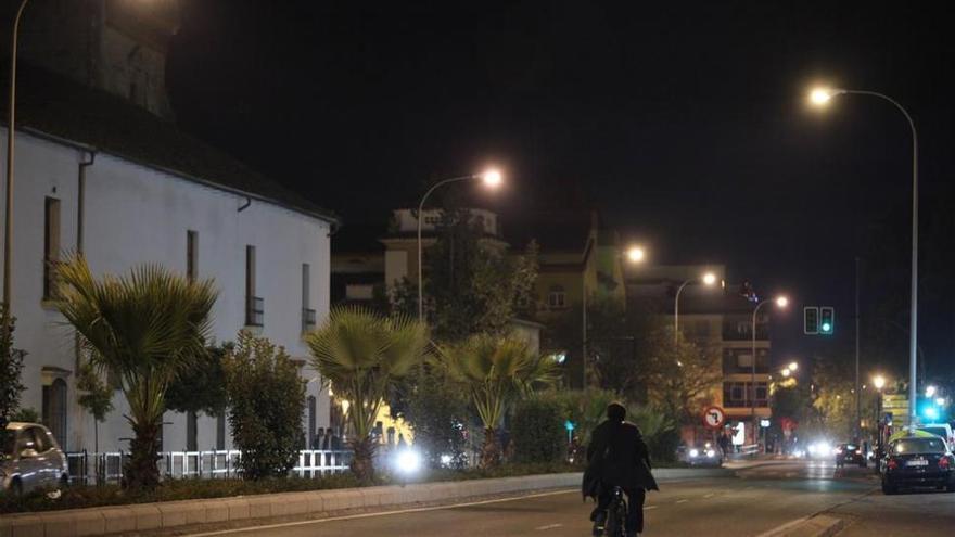 El Ayuntamiento intentará apostar por las energías renovables para el contrato de luz