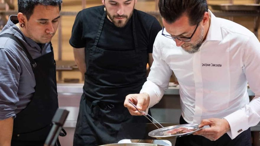 Un cocinero valenciano lleva la auténtica paella a leña a Londres