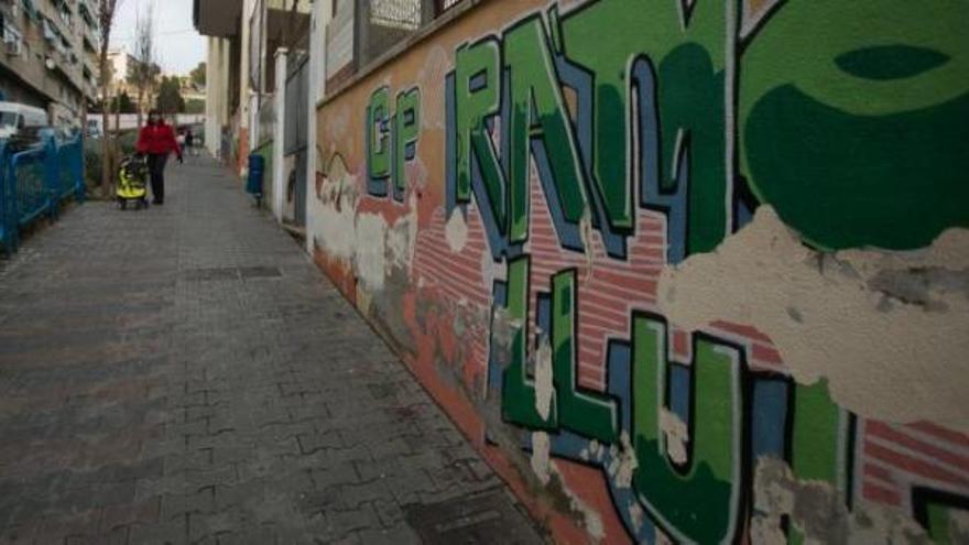 Aprueban la jornada continua para los colegios Ramon Llull, Isla de Tabarca y Nazaret