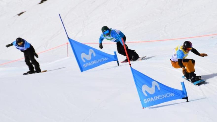 Nueva participación de Miguel Pérez en el circuito internacional Junior FIS SBX