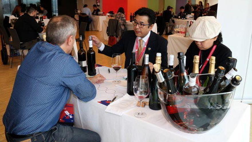 Els cellers busquen obrir-se mercat a Taiwan i Hong Kong en una trobada a Lleida