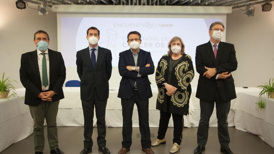 Mesa de expertos para debatir sobre el cáncer cutáneo