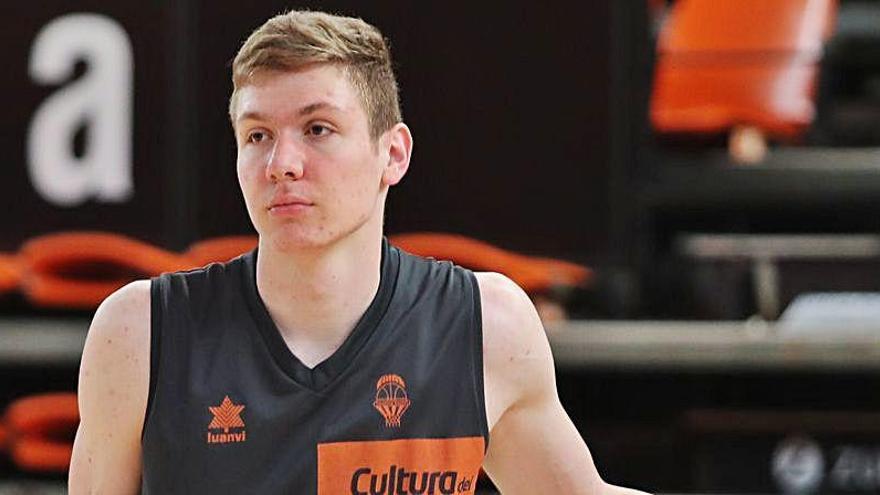 El Valencia Basket estudia si renueva a los 'canteranos' Pavelka y Henningsson