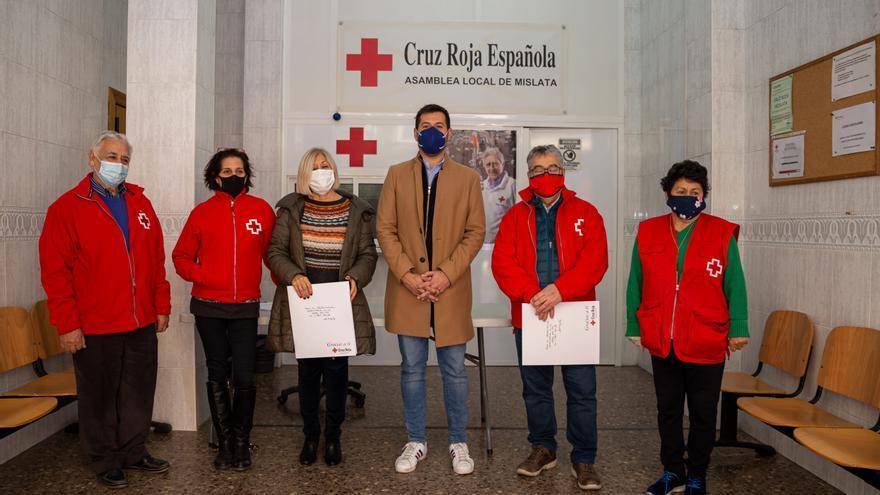 Mislata dona 30 toneladas de alimentos no perecederos a Cruz Roja