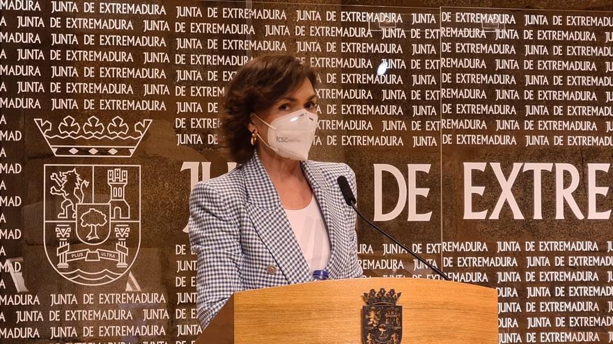 """Calvo: """"Las decisiones sobre vacunas no corresponden a las comunidades"""""""