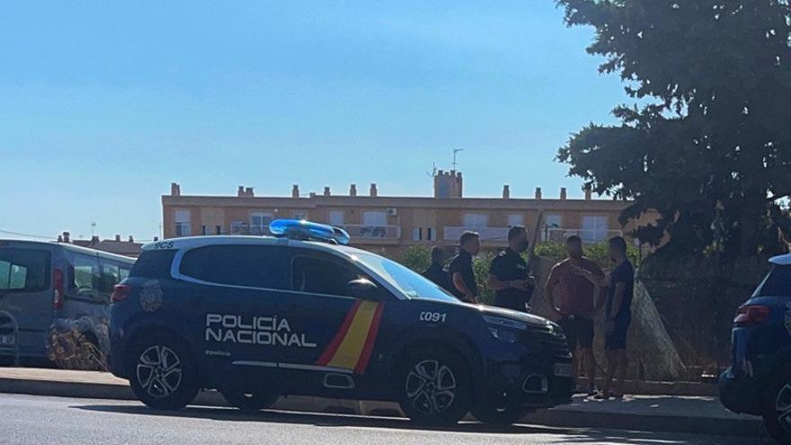 Un policía alumno evita que una mujer se tire desde un puente en Mallorca cuando discutía con su pareja
