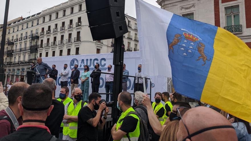 Guardias civiles de Canarias protestan en Madrid por sus condiciones laborales