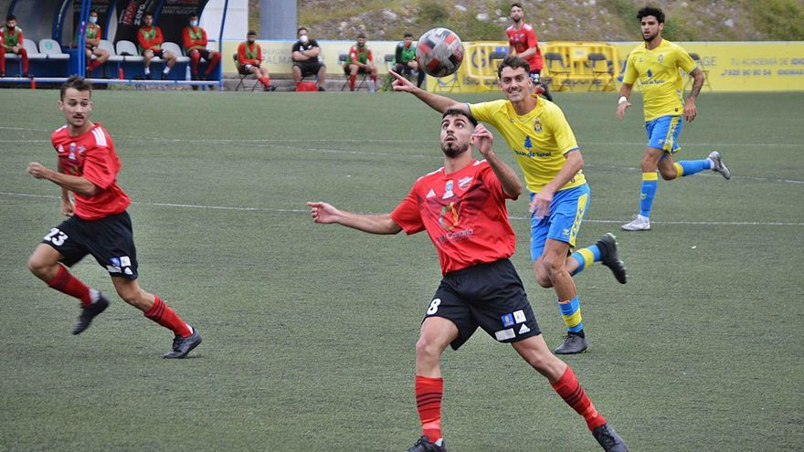 Las Palmas C vuelve fuerte              y golea al Guía