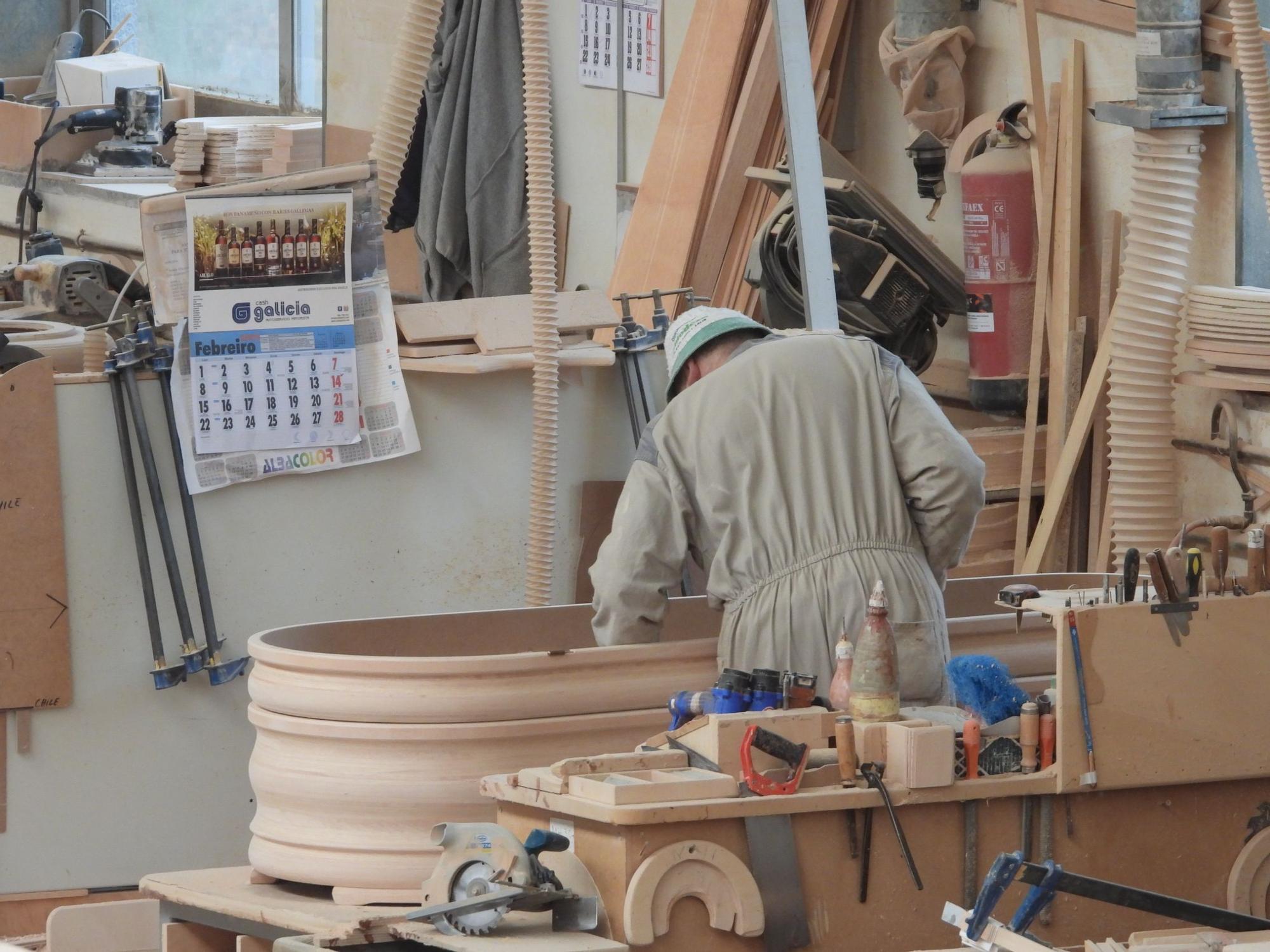 La industria del ataúd crece en Ourense