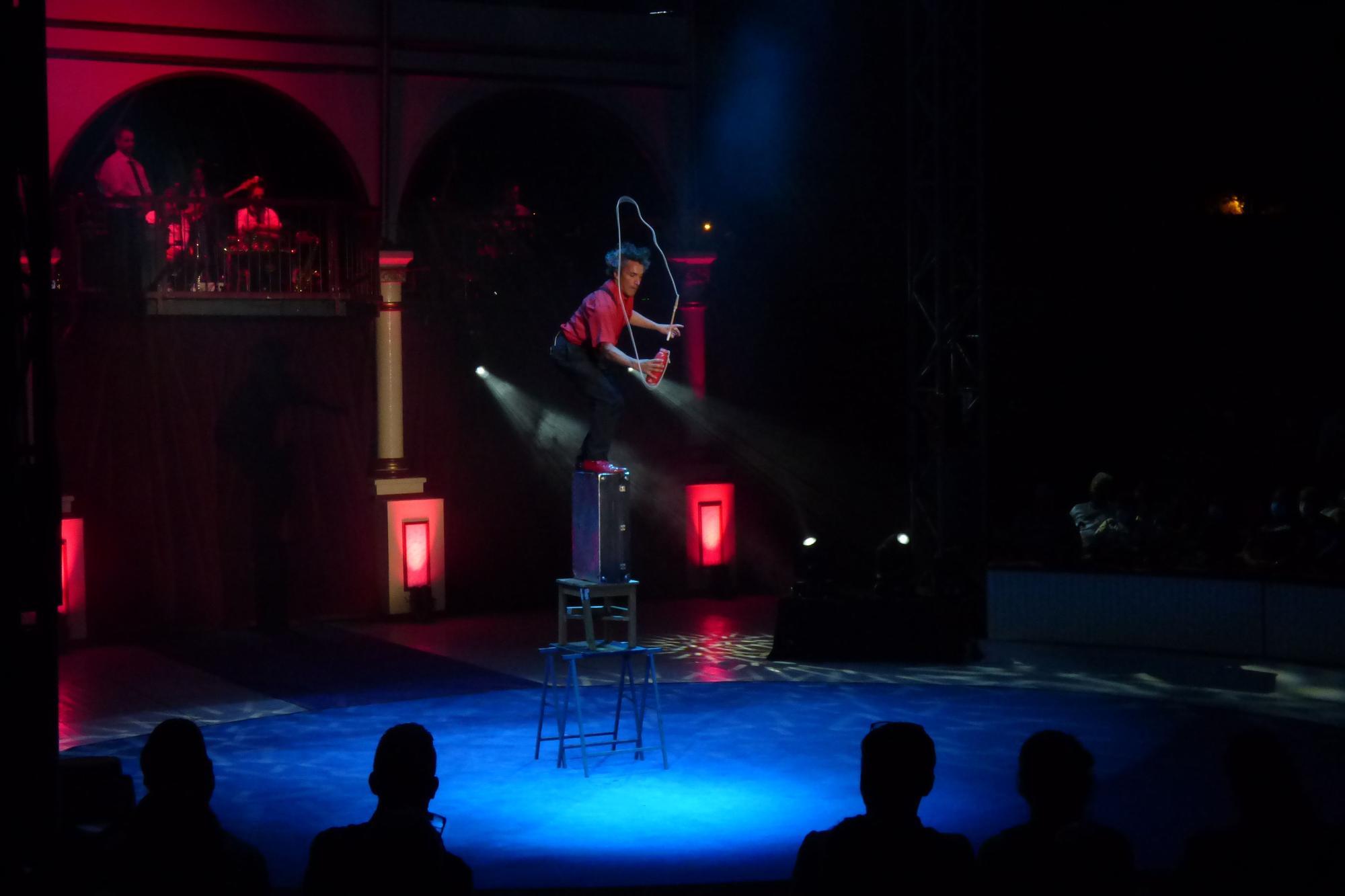 Nits de Circ omple la Ciutadella de Roses