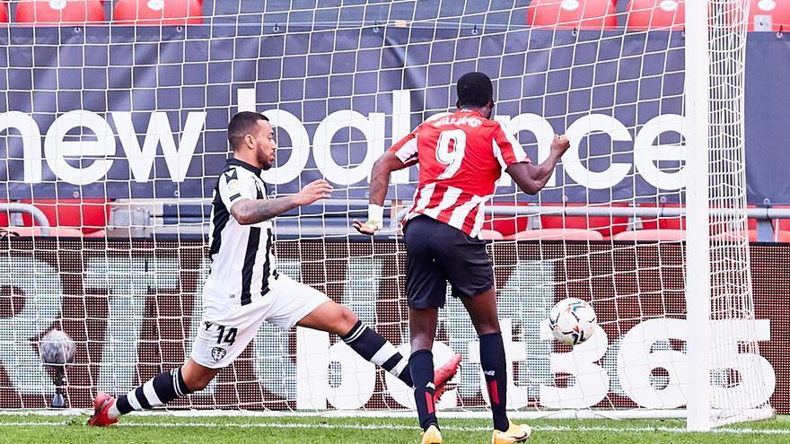 El Athletic 'revive' con un triunfo ante el Levante