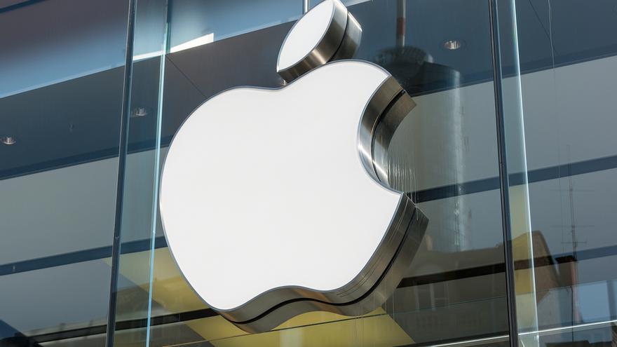 La CNMC abre un expediente sancionador a Apple y Amazon por prácticas anticompetitivas