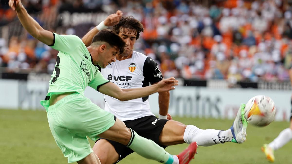 El Valencia empata con el Athletic 1-1.