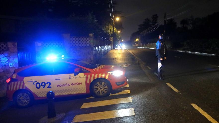 Violación múltiple en Gijón: cuatro jóvenes detenidos por abusar sexualmente de dos chicas en una pensión en El Carmen