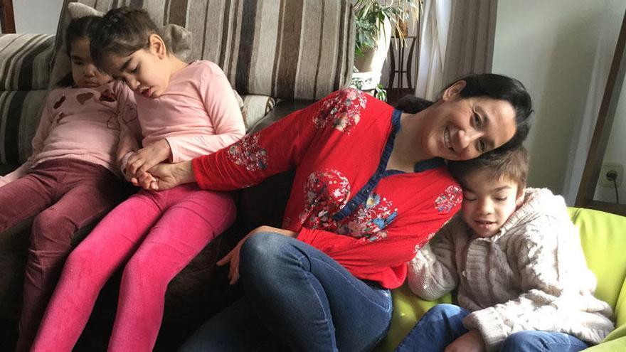 """Madre con tres hijos con el síndrome de Sanfilippo: """"Sólo pedimos que no les dejen morir"""""""