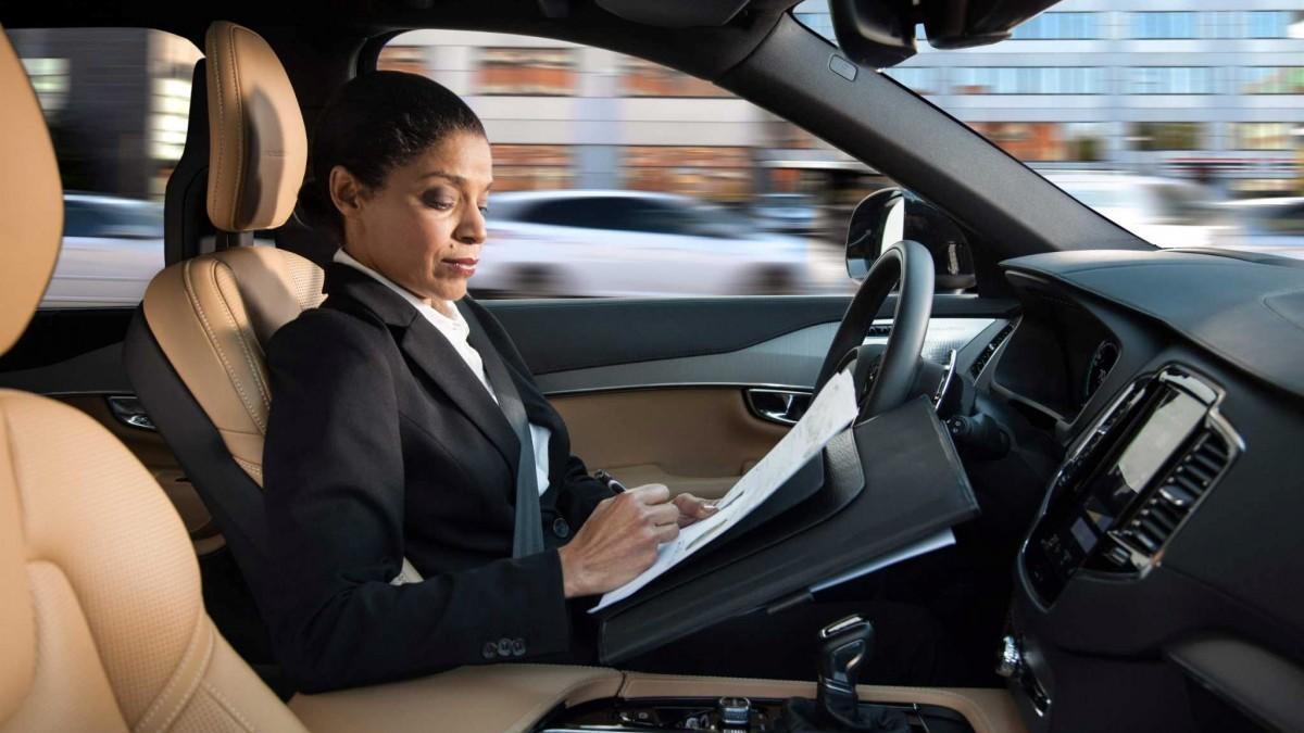 Estos son los 5 niveles de conducción del coche autónomo