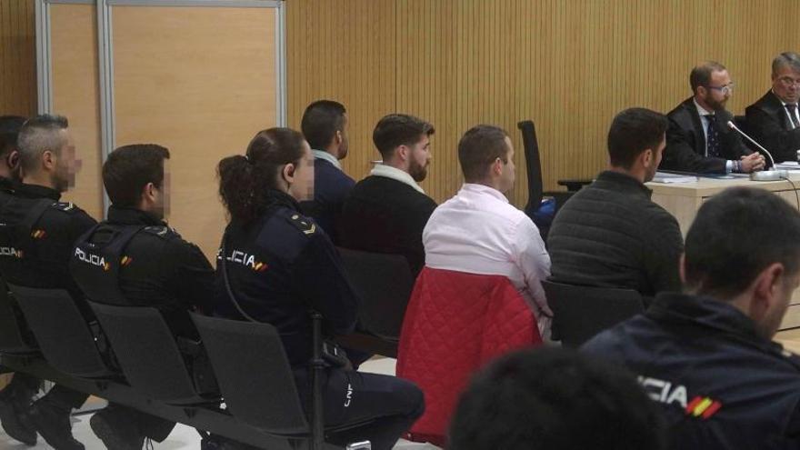 La Fiscalía baja a seis años la pena para La Manada por el caso de Pozoblanco
