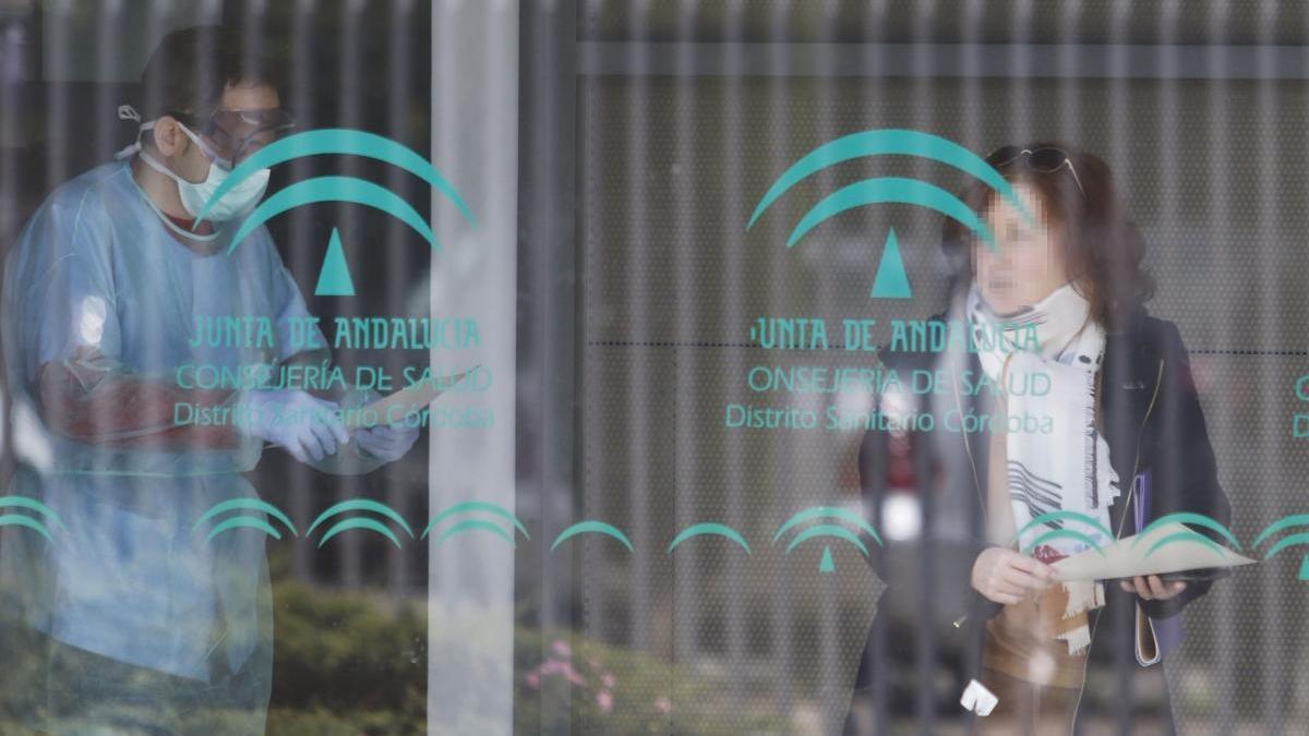"""El Colegio de Médicos de Córdoba advierte: """"El descarrilamiento de la atención primaria está asegurado"""""""