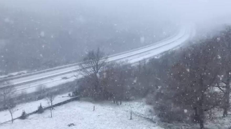 VÍDEO | La nieve vuelve a Sanabria