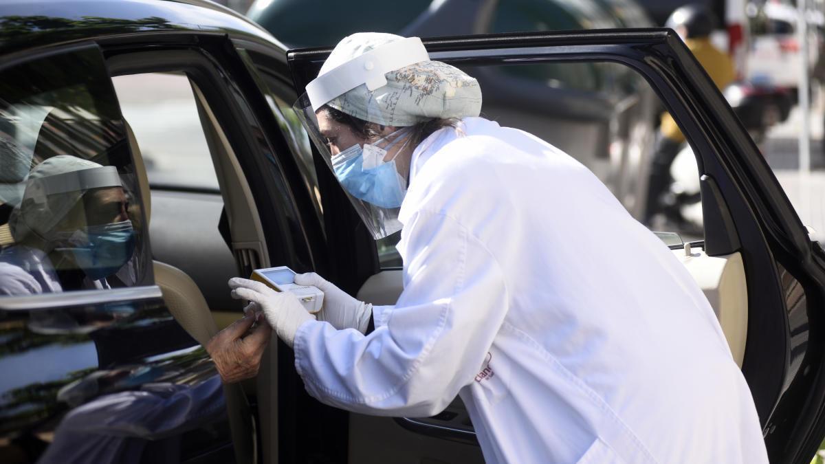 Un fallecido más en la Región, que suma 78 curados en un día